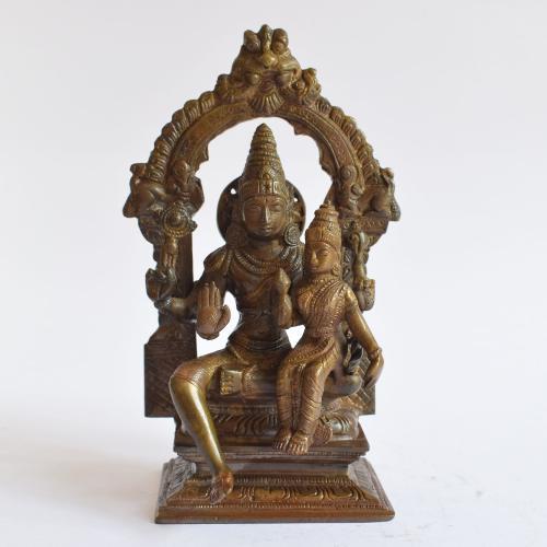 BRASS VISHNU LAKSHMI IDOL WITH PRABHAVALI